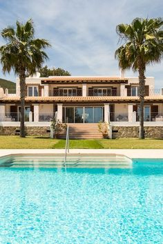 Pool views in Ibiza! The alarm status was extended in Spain for 14 days! Let's look forward to better times, dream of a great vacation and take a look at vacation properties in Ibiza. Luxury Real Estate Agent, Property Finder, Real Estates, Great Vacations, Luxury Interior, Ibiza, Luxury Homes, Spain, Mansions