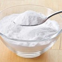 Wanna know how to get rid of itchy skin effectively? Try baking soda and Aloe Vera to get instant relief! Here're 8 more excellent natural remedies to try. Baking Soda Scrub, Baking Soda Face, Baking Soda Uses, Aloe Vera Gel For Hair Growth, Aloe Vera For Hair, Home Remedies, Natural Remedies, Natural Skin Tightening, Hygiene