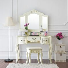 Shop for Fineboard Vanity Set Beauty Station Makeup Table and Wooden Stool Set with 3 Mirrors and 5 Organization Drawers Set. Get free delivery at Overstock - Your Online Furniture Store! Get in rewards with Club O! Wooden Makeup Vanity, Bedroom Makeup Vanity, Lighted Vanity Mirror, Vanity Set With Mirror, Vanity Desk, Mirror Bedroom, Makeup Dresser, Painted Vanity, Vanity Mirrors