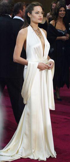 Angelina Jolie in Marc Bouwer at the Academy Awards 2004 - HarpersBAZAAR.co.uk