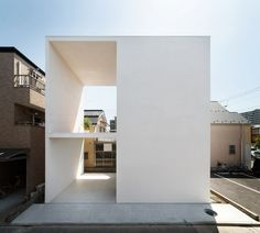Little House with a Big Terrace von Takuro Yamamoto Architects   Einfamilienhäuser