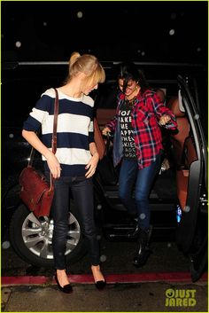 selena gomez and taylor swift   Selena Gomez & Taylor Swift: Saturday Night Dinner Duo!   selena gomez ...