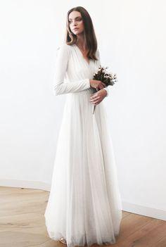 Long sleeve tulle wedding dress