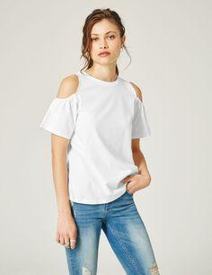 tee-shirt épaules ajourées blanc - http://www.jennyfer.com/fr-fr/vetements/tops-et-tee-shirts/tee-shirt-epaules-ajourees-blanc-10016873255.html