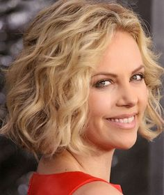 Blunt Haircut with Curls-Short Haircuts for Curly Hair