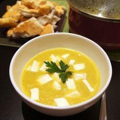 Sopa de milho com queijo minas