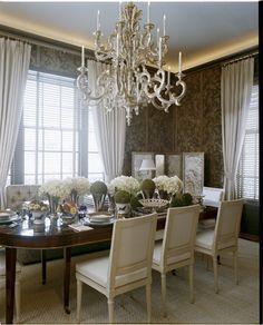 5th Avenue dining room ~ Stephen Sills design