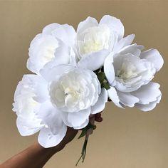Five peony day ❤️ . . . . #florabeane #crepepaperrevival #paperflorist