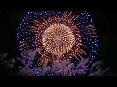 vuurwerk show in China - YouTube