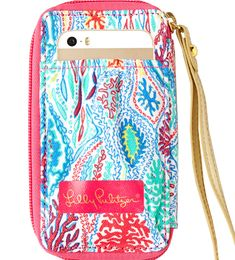 Lilly Pulitzer iPhone 5/5s/C Carded ID Smart Phone Wristlet in Let Minnow $38