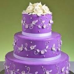 I want this purple cake for my birthday!!!