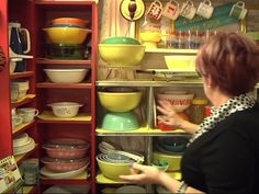 5 things to know as Pyrex brand marks 100th year #vintagepyrex #pyrex #kitchen