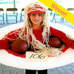 Anything would be better than a snake costume!  Cute spaghetti and meatballs for Halloween.