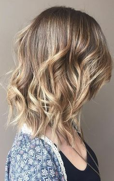 sandy and beige blonde highlights