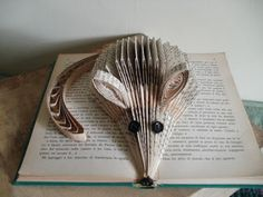 clara maffei-This is another tail experiment. No tutorial, but a fun idea. This artist is extremely talented!
