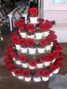 Wicked Chocolate Flower Pot wedding tower dipped in white chocolate decorated w/ full red rose (linked to caterer, no recipe) Cupcake Tower Wedding, Wedding Cupcakes, Wedding Cake, Cupcake Towers, Wedding Desserts, Cake Pops, Chocolate Flowers, White Chocolate, Lemon Mug Cake