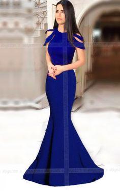Omuz Detaylı Balık Abiye.Atlas kumaştan üretilmiştir.Omuz detaylı Uzun balık model elbise.Elbise Boyu 1.71 cm dir.Gecenin yıldızı olmak istiyorsanızuzun balık model elbise tam size göre.