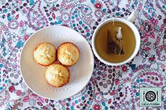 These bite-sized mini almond muffins pack a punch when it comes to flavour and sweetness. Fantastic with a cuppa and even great for the kids; you'd never guess this was a low fat recipe adapted from a Weight Watchers recipe! Prep and Cooking Time – 25 … Almond Muffins, Weight Watchers Meals, Bite Size, Pretzel Bites, Cooking Time, Sweet Recipes, Sweets, Baking, Breakfast
