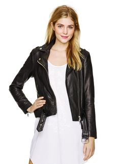 An Aritzia exclusive: a luxurious approach to iconic moto jackets. we love the Mackage Florica leather jacket. Mackage Jacket, Coats For Women, Spring Summer Fashion, Summer Outfits, Summer Clothes, Passion For Fashion, Leather Jacket, Biker Leather, What To Wear