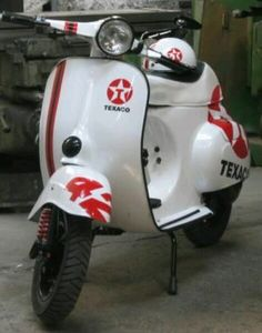 825 best scooters images in 2019 motor scooters vespa scooters rh pinterest com