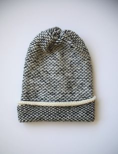 glorious exposed floats http://www.shopkordal.com/products/seed-stitch-wool-hat