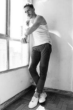 Reno di Gois #men #hotmen #man #hunk #hunks #beard #scruff #sexy #sexymen #bulge #jock #musclemen #muscle