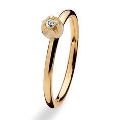 £50 fm 100 Spinning Ring 9ct Tulip Cubic Zirconia 993-06