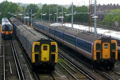 421392 & Clapham Junction, May 2005 South West Trains