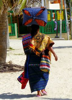 What's your commute like? Here's a vendor going to work in San Pedro, Belize. Places Around The World, People Around The World, Honduras, Costa Rica, Belize Travel, Vacation Travel, Ambergris Caye, Unity In Diversity, We Are The World