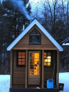 Tiny houses: wave of the future or fad? You certainly have to be organized to survive in one!