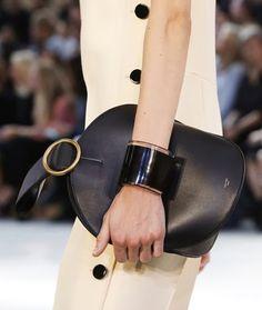 http://www.vitasumarte.com/2015/04/fashion-trend-bigiotteria-pe-2015.html