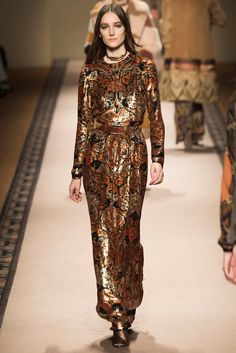 Fall 2015 Trend Report?url=http://www.style.com/slideshows/slideshows/trends/fashion/2015/3-march/fall-2015-runway-trends/slides/46