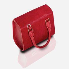 Rachel Rojo Virtu Cugat The Luxury Trends