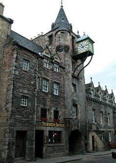 Edinburgh, Scotland (this was the historic toll booth for the city). I want to go see this place one day. Oh The Places You'll Go, Places To Travel, Places To Visit, Beautiful Buildings, Beautiful Places, England And Scotland, Scotland Uk, Scotland Castles, Famous Castles