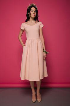 Розовое вечернее платье от VMMA