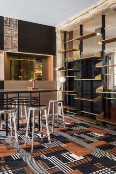 Bar au Luxembourg, Le Place d'Armes, Tristan Auer Luxembourg, Lobby Lounge, Interior Architecture, Interior Design, Shelving Systems, Chill, Floor Patterns, Cafe Restaurant, Dining Area