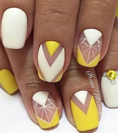 50 Geometric nail art designs for 2019 Geometric Nail Art designs are most popular nail designs aamong nail fashion because of the actuality that these Nail Art Jaune, Spring Nails, Summer Nails, Cute Nails, Pretty Nails, Yellow Nail Art, White Nail, Yellow Nails Design, Yellow Glitter