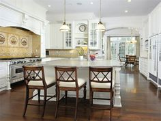 Tour 8 homes for sale with incredible kitchens, ideal for whipping up mouthwatering holiday meals. >>  http://www.frontdoor.com/buy/8-kitchens-for-inspired-holiday-cooking/pictures/pg217?soc=hpp #hgtvholidays