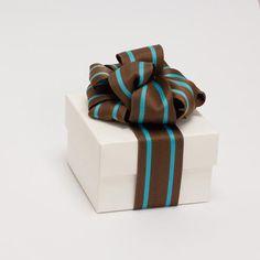 Geschenke schön verpacken. www.der-schachte-shop.de Geschenkverpackung