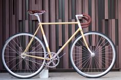 """""""Golden Brown"""" fixed-gear from Biascagne."""