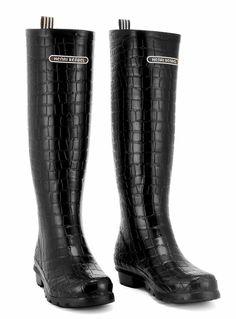 Love my Henri Bendel rain boots <3
