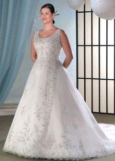 Pretty embellishments, for the plus-size bride.
