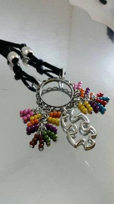 Autism Awareness beaded Puzzle necklace cord por FriendzJewels