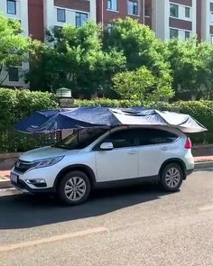 Gadgets And Gizmos, Cool Car Gadgets, Car Tent, Sun Burn, Car Facts, Car Accessories For Guys, House Design Pictures, Custom Big Rigs, Windshield Washer