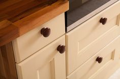Superb solid oak door and drawer frontals, in a range of beautiful finishes