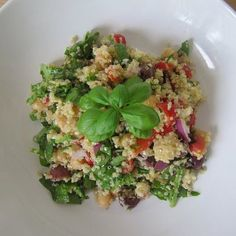 FitSugar reader For the Love of Fiber  posted this delicious-looking Mediterranean salad in the Healthy Recipe group.   High on taste, protein, and tummy-friendly fiber, this quinoa salad can turn fair weather quinoa fans into ambassadors!  Keep