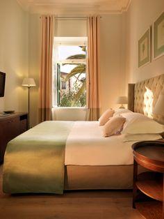 Yeşilin içine doğan odalarda, güne şahane bir merhaba diyeceksiniz. Poseidonion Grand Hotel - Jabiroo.com