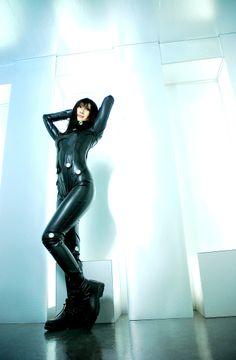 CYBERPUNK, Future, Futuristic, GANTZ, Cyber Girl, Girl in Black, Latex, Girl with Gun, Futuristic Style, Cyberpunk Fashion, Cyber Clothing, Cosplay Girl