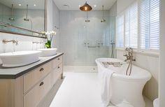 Utopia Magazine - Bathroom Suite from BAGNODESIGN