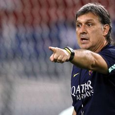 Gerardo Martino Photos - Gerardo Martino coach of Barcelona FC reacts during a Barcelona FC training session at Bukit Jalil National Stadium on August 2013 in Kuala Lumpur, Malaysia. Barcelona Futbol Club, Fc Barcelona, Copa America Centenario, National Stadium, Professional Football, Kuala Lumpur, Tv, August 9, Training